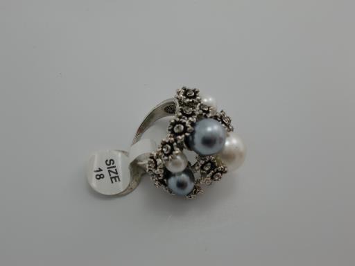 JEWELLERY DECORATIVE EARRINGS RINGS BRACELETS PENDANTS